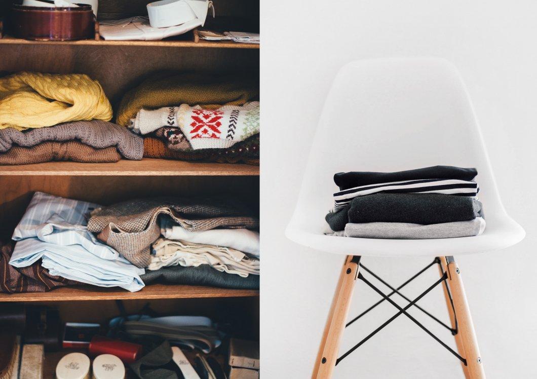 Bunte Kleidung im Kleiderschrank und schlichte Kleidung gefaltet auf Stuhl