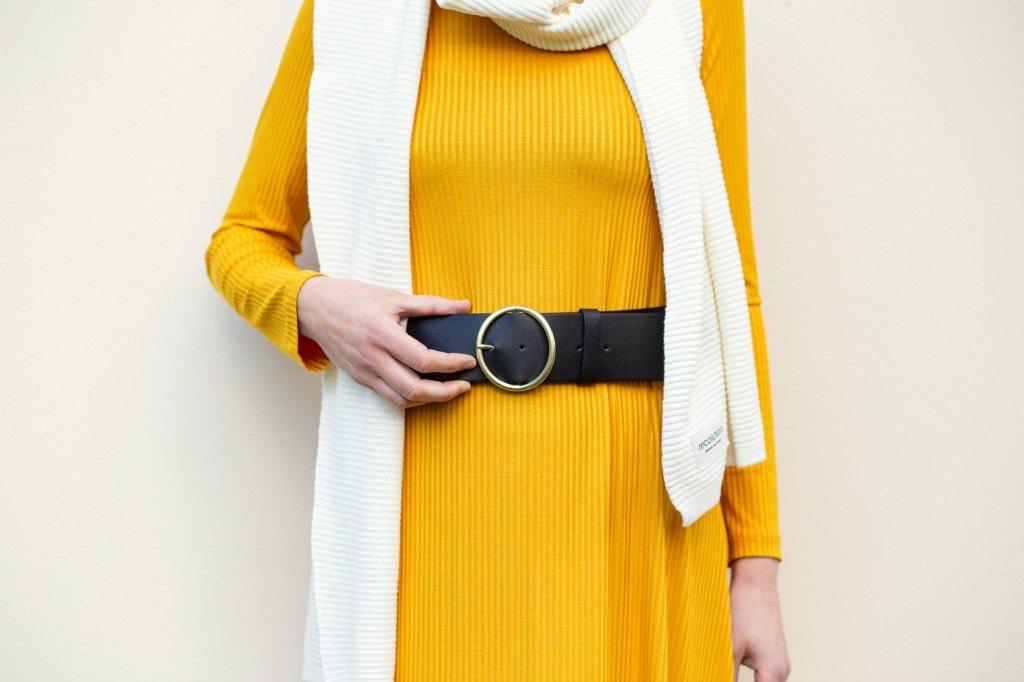 Auch im Herbst lebt die Capsule Wardrobe von verschiedenen Styles und Accessoires
