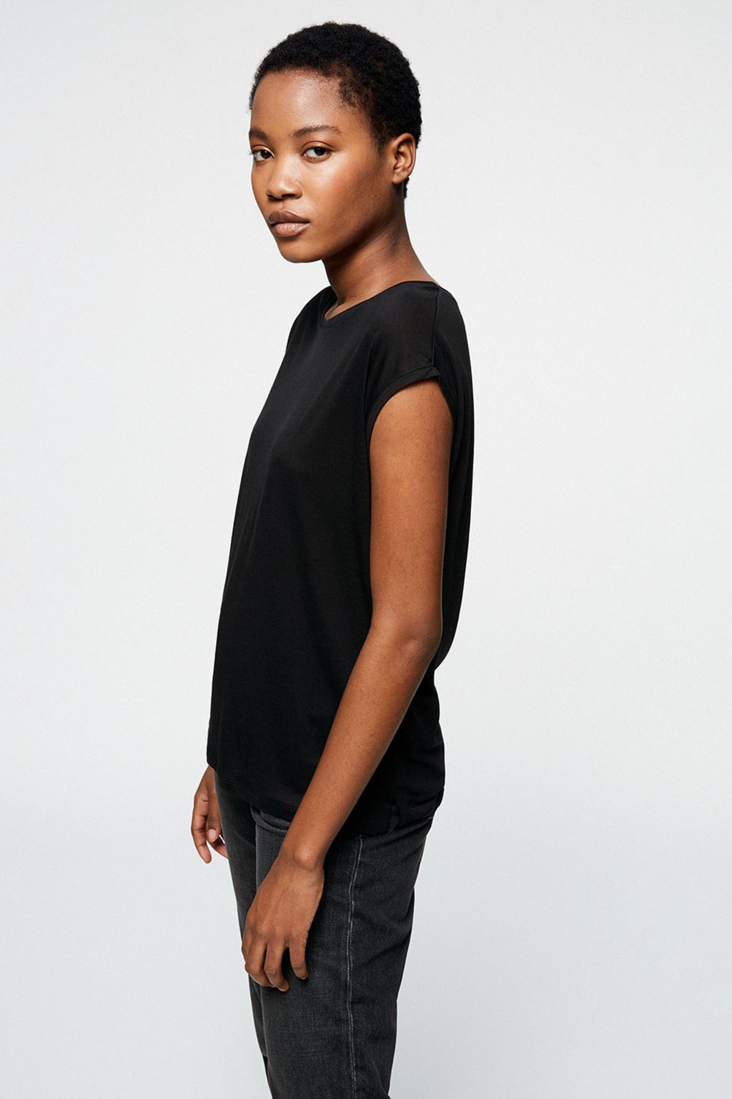 T-Shirt Jilaa from LOVECO