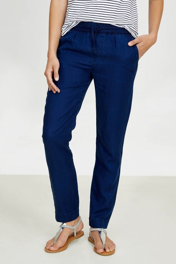 HOSE TENCEL SLIM DENIM BLAU