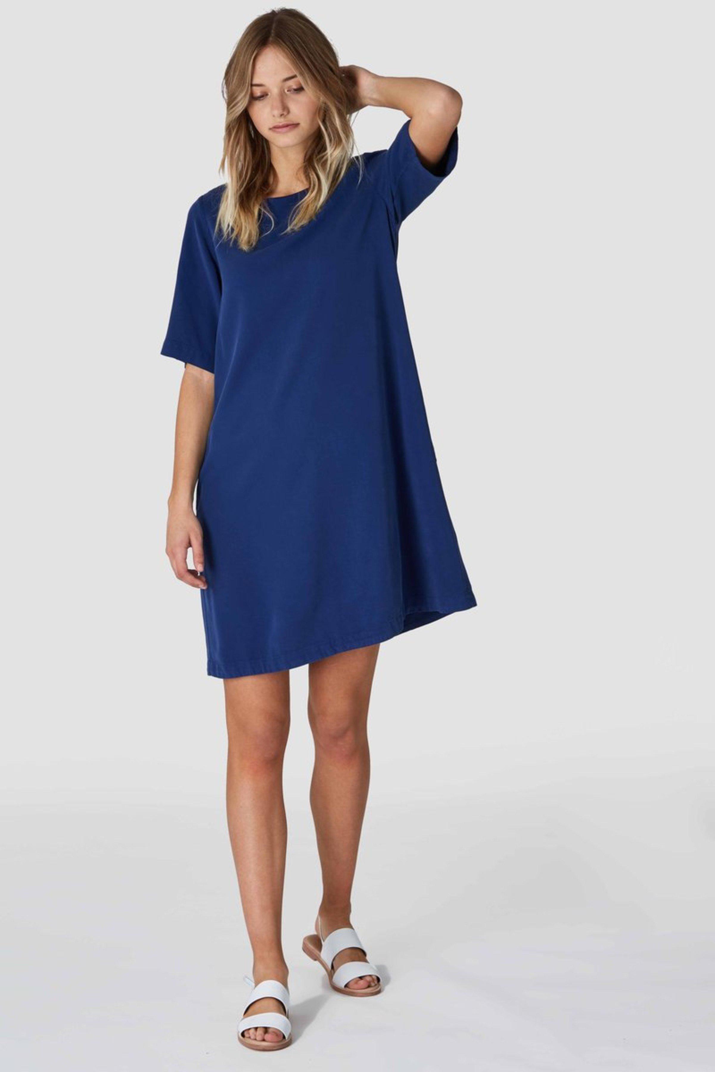 Kleid Ten Blau