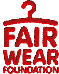 Rotes Logo der Organisation Fair Wear Foundation