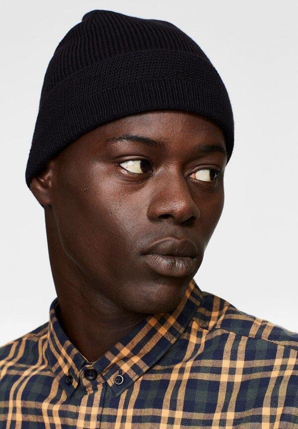 BEANIE BENNI BLACK