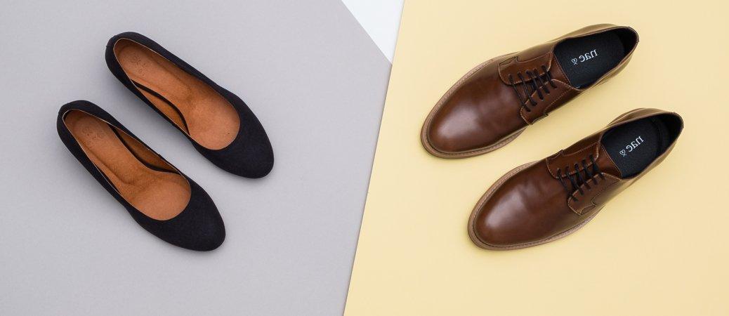 Elegante Schnürschuhe und schwarze Pumps
