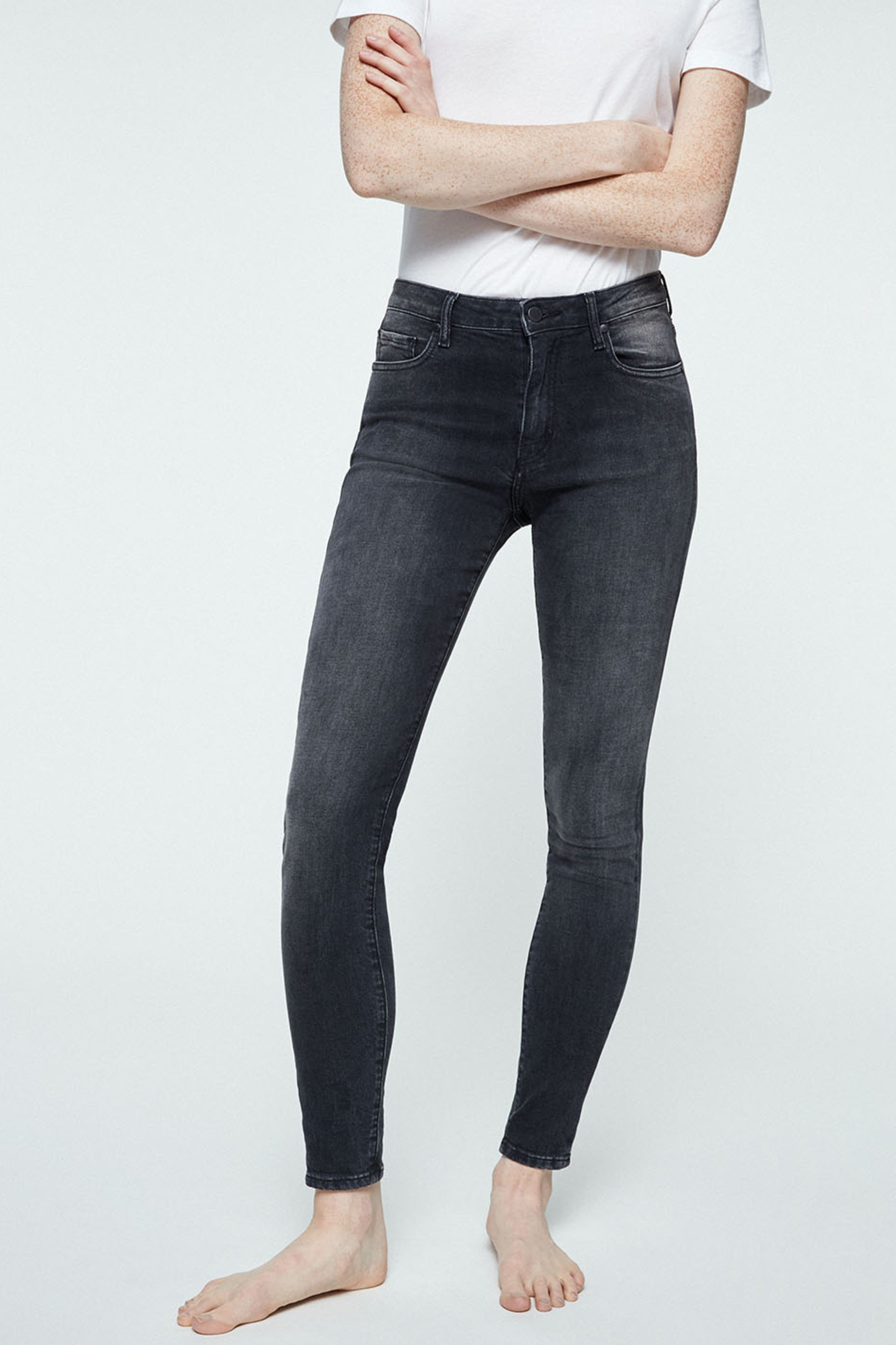 Jeans Tillaa Grey Wash from LOVECO