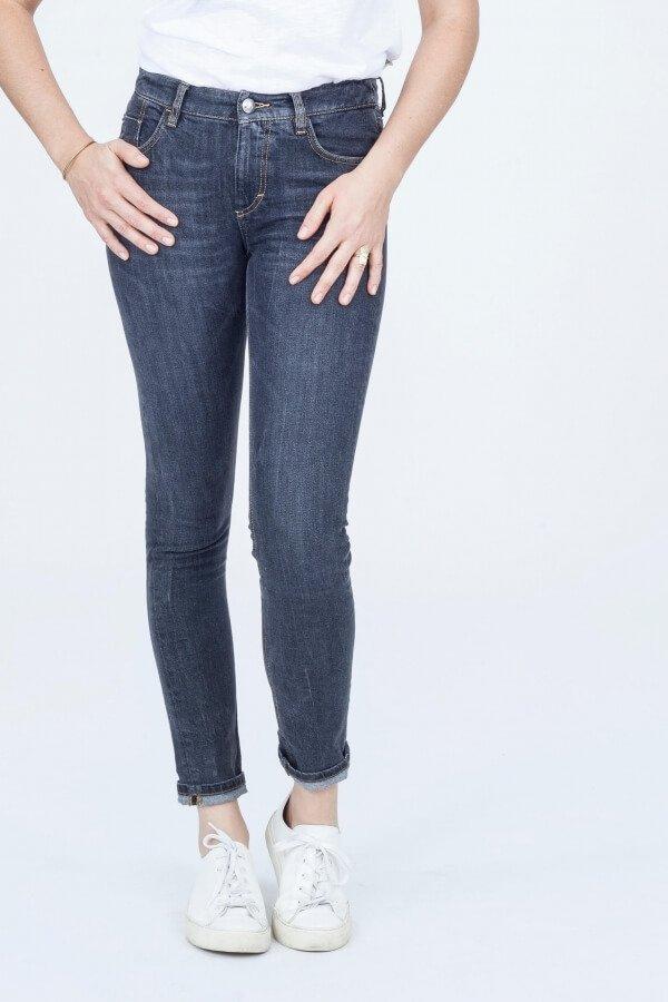 wunderwerk-jeans-amber-black-back