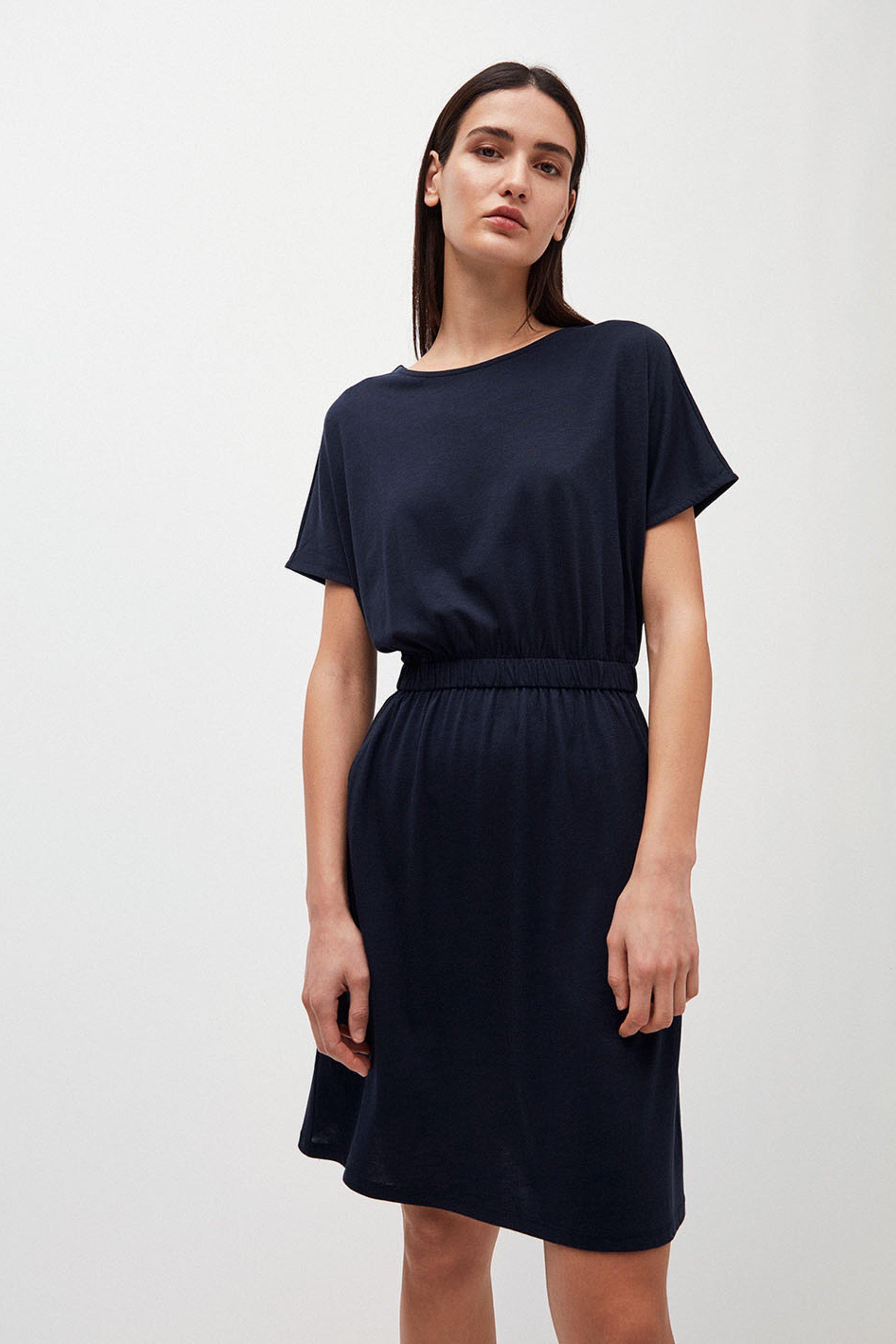 Kleid Tadinaa