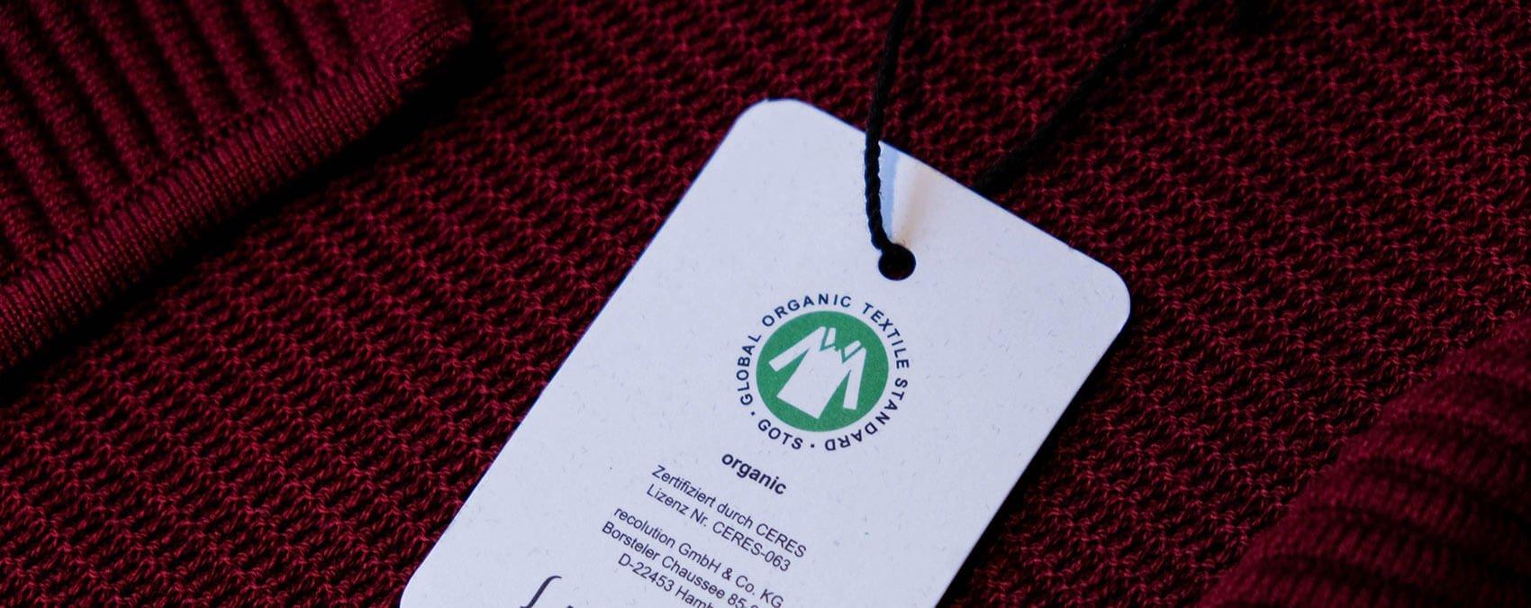 GOTS Siegel auf einem Etikett